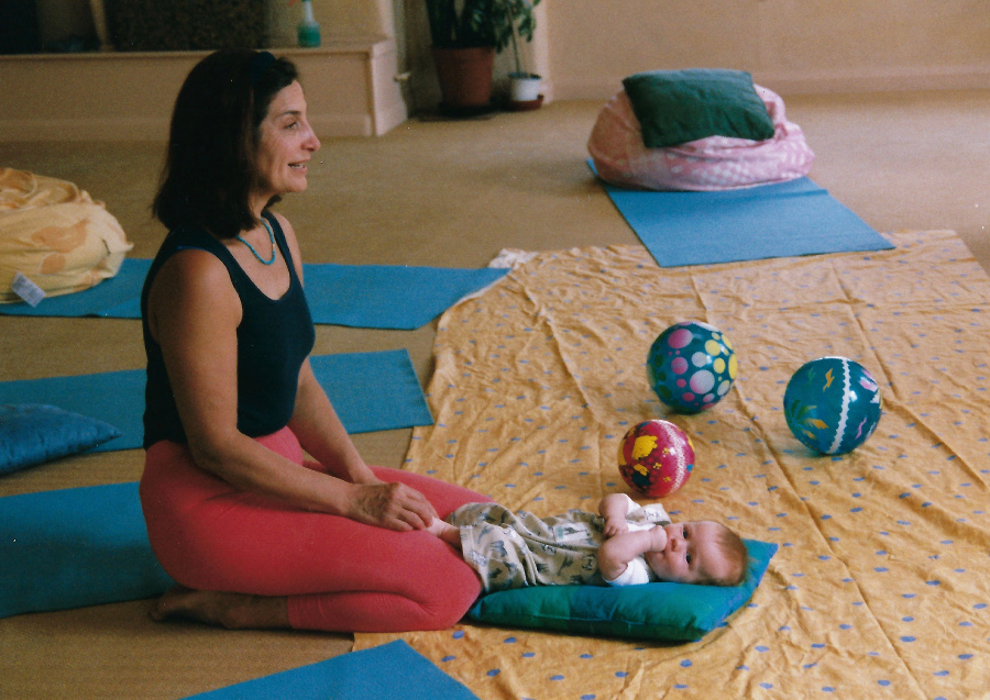 Francoise setting up for baby yoga London 1997