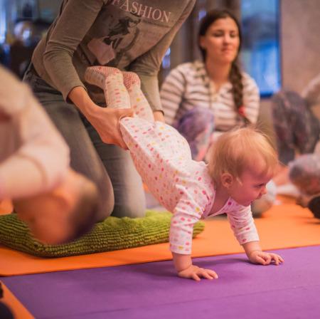 baby yoga 2
