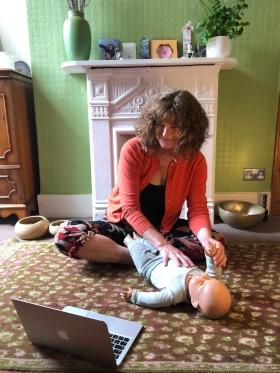 online baby yoga classes